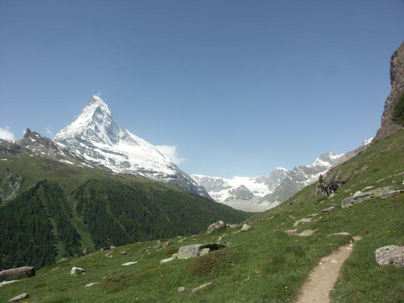Skiurlaub im günstigen Hotel am Skilift in Zermatt - The Matterhorn Hostel